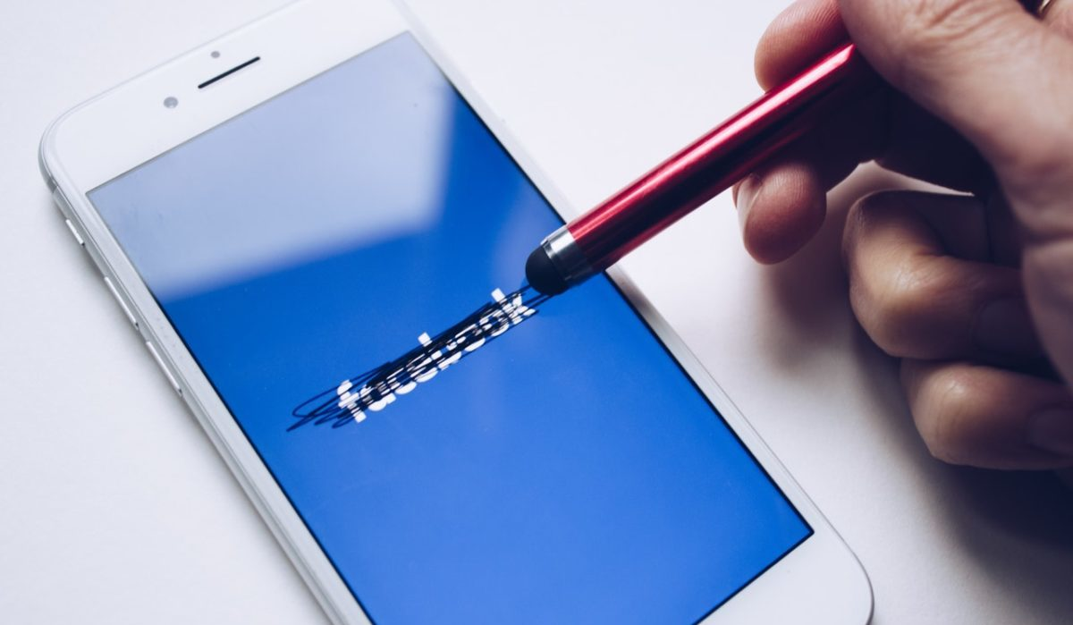 3 Legit Ways: Retrieve Deleted Facebook Messages (update-2021)